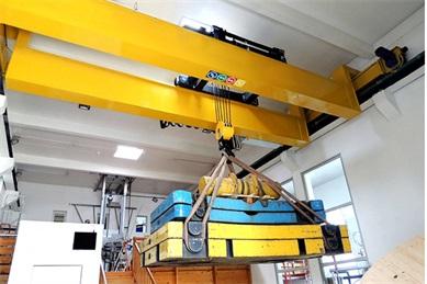 European single-girder-overhead-crane1