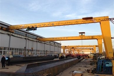 single-girder-semi-gantry-crane2