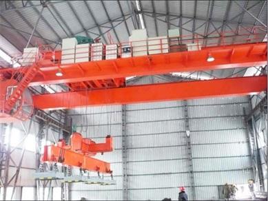 Coil bar crane
